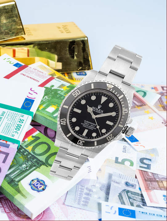 Rolex submariner vs cash